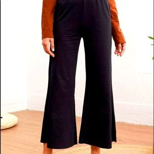 New SHEIN wide legged cropped pants